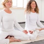 Yogamatten und Taschen