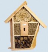 Insektenhotels und Nistkästen
