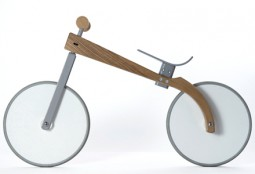 Kinderlaufrad aus Holz