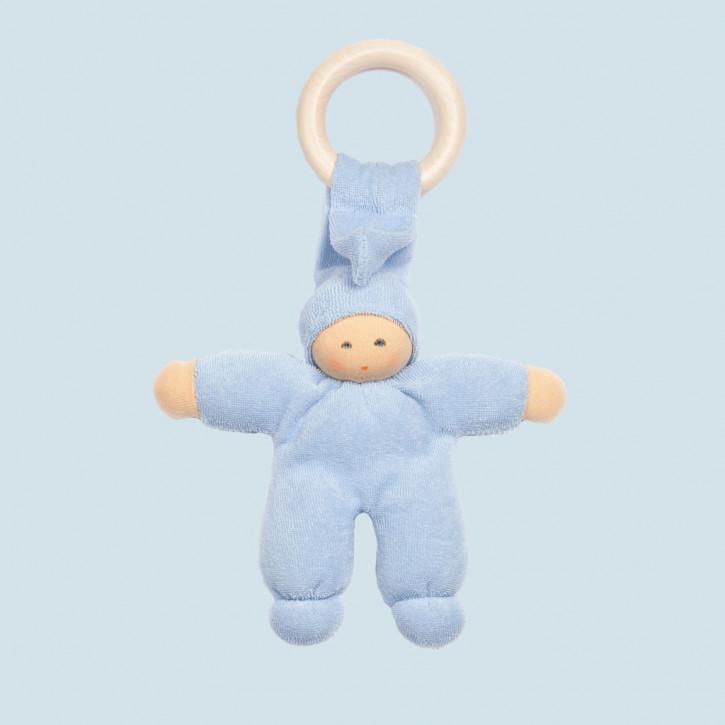 Nanchen Puppe - Greifling Pimpel, Holzring - hellblau, Bio Baumwolle