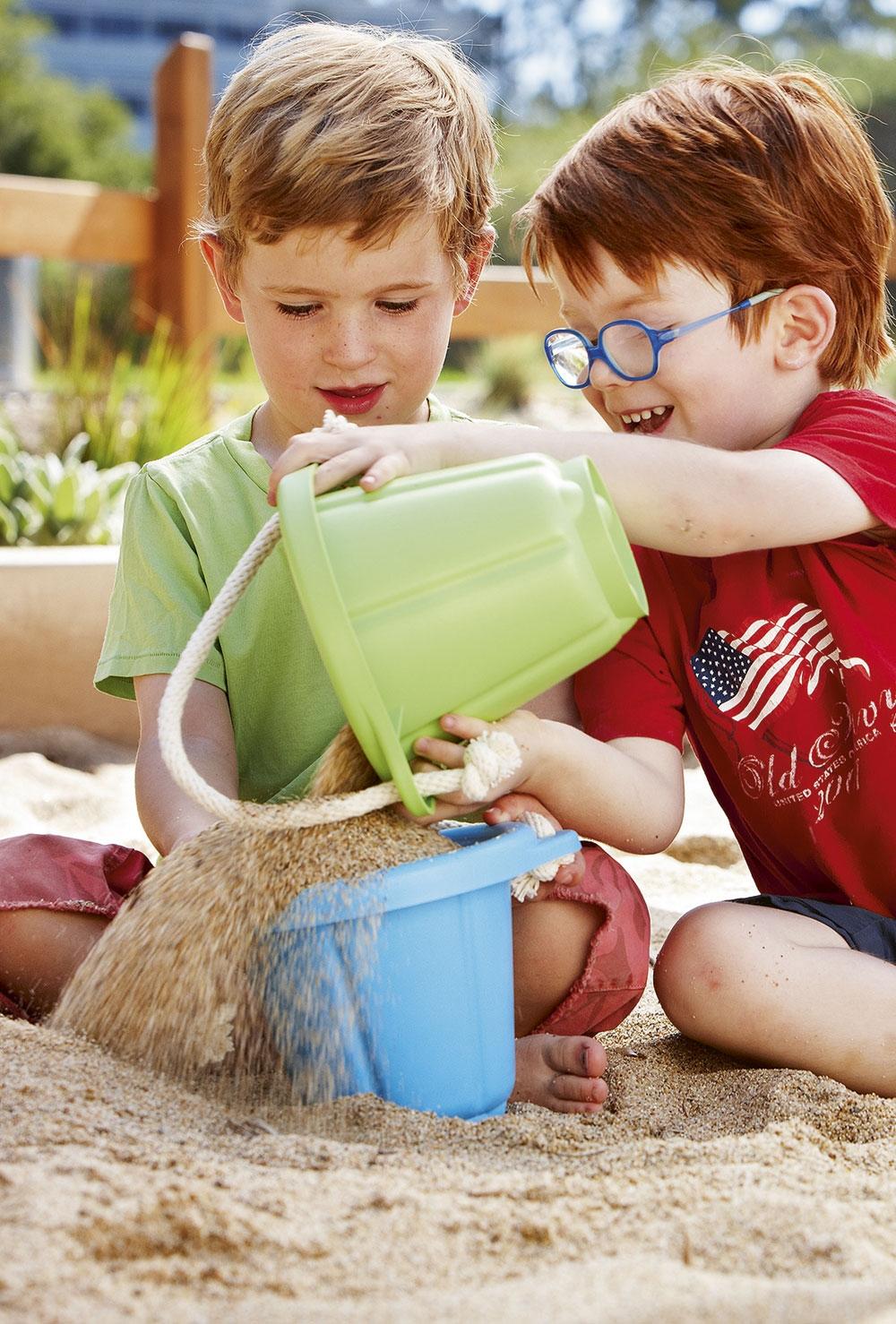 green toys spiel set f r sandkasten gr n maman et bebe. Black Bedroom Furniture Sets. Home Design Ideas
